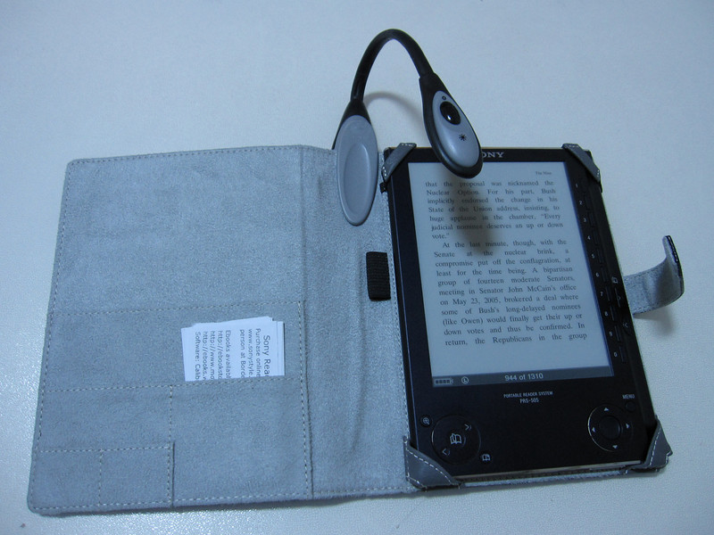 Energizer Reading Light with M Edge Jacket for PRS505