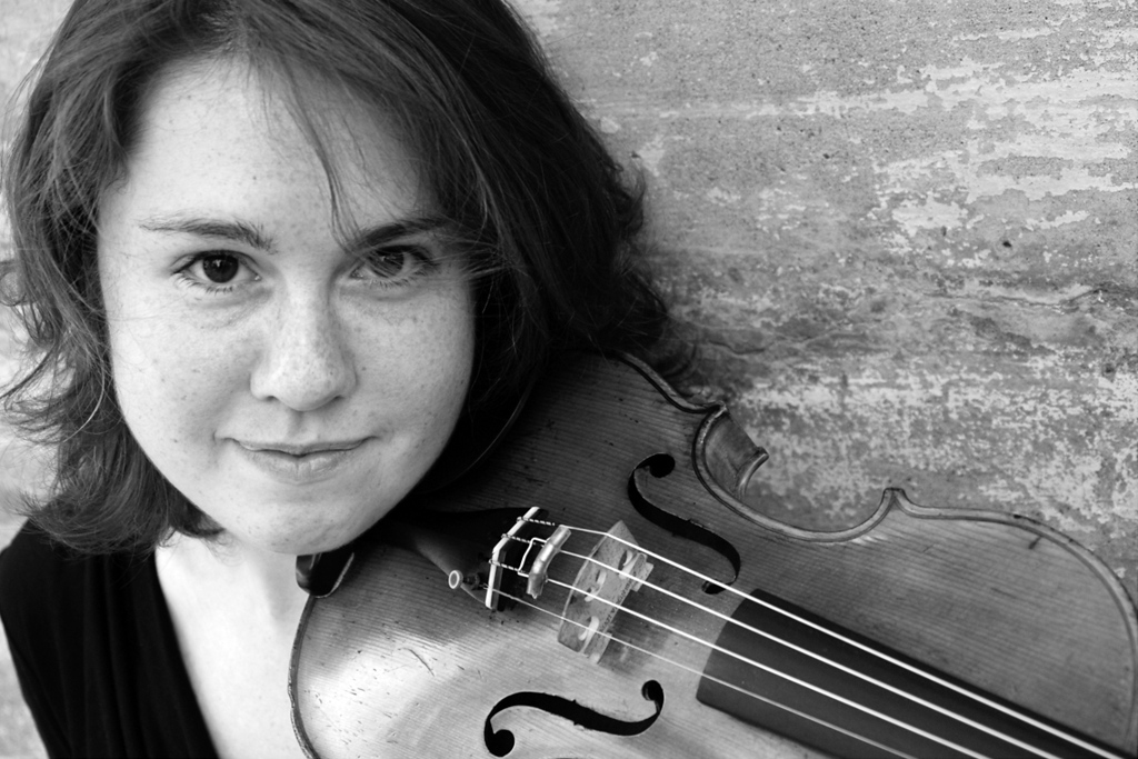 """. This undated photo provided by the Pulitzer Prize Board shows violinist Caroline Shaw, who was awarded the 2013 Pulitzer Prize for Music for her work \""""Partita for 8 Voices\"""", on Monday, April 15, 2013. (AP Photo/Pulitzer Prize Board)"""