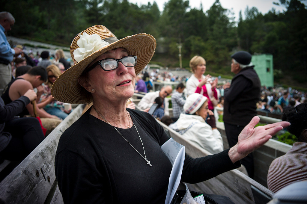 . Barbara Bostock of Santa Monica joined thousands of worshipers at the Hollywood Bowl for Easter Sunday service presented by Bel Air presbyterian and Christian Assembly Church of Eagle Rock.  Photo by David Crane/Los Angeles Daily News.
