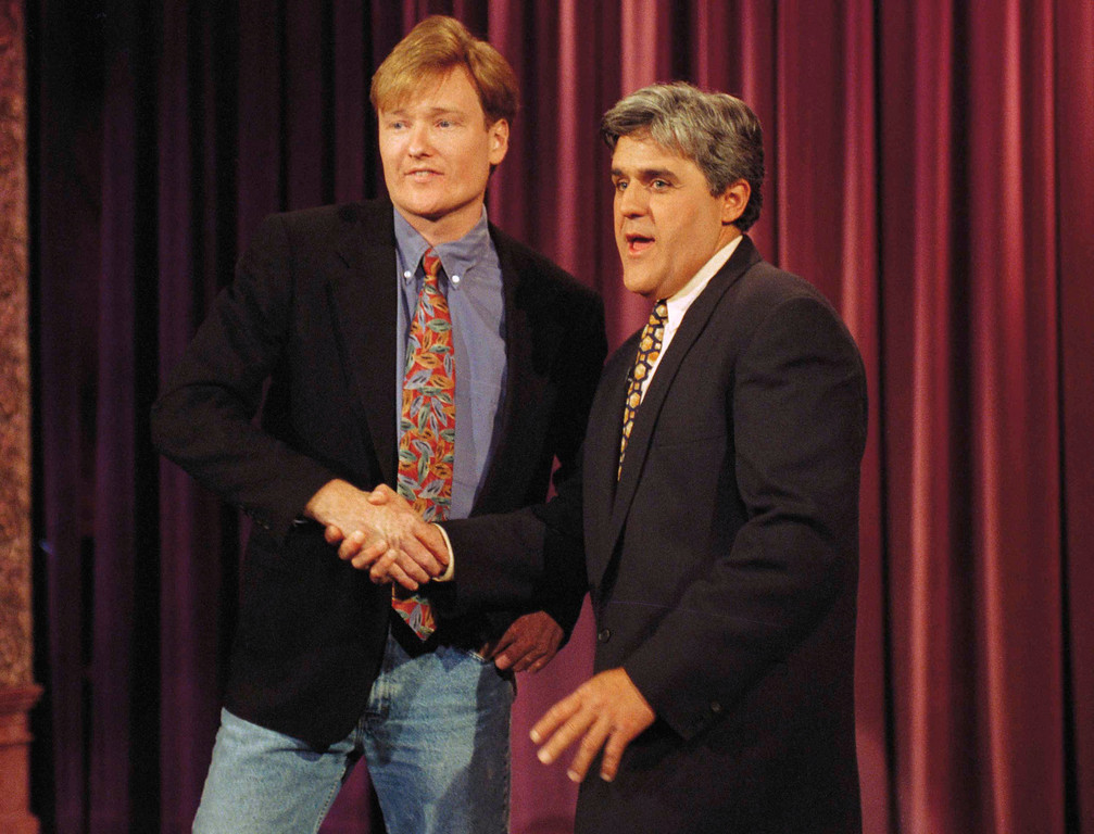 ". Conan O\'Brien, left, who will take David Letterman\'s spot on \'Late Night,\' is welcomed to NBC by Jay Leno during taping of ""The Tonight Show,\"" April 26, 1993 in Burbank, California. O\'Brien, was a former writer for \""Saturday Night Live.\""  (AP Photo/Julie Markes)"