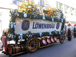 The beautiful beer wagon belongs to the L�wenbr�u brewery.