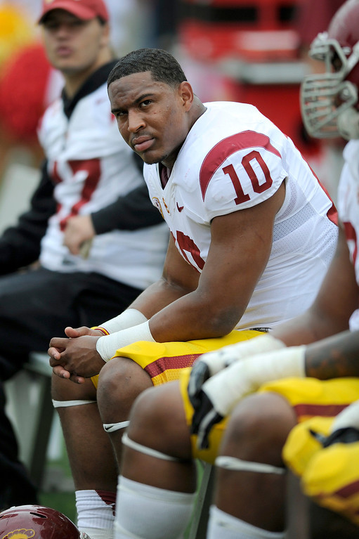 . LB Hayes Pullard takes a breather during USC\'s Spring Football Game. (Michael Owen Baker/Staff Photographer)