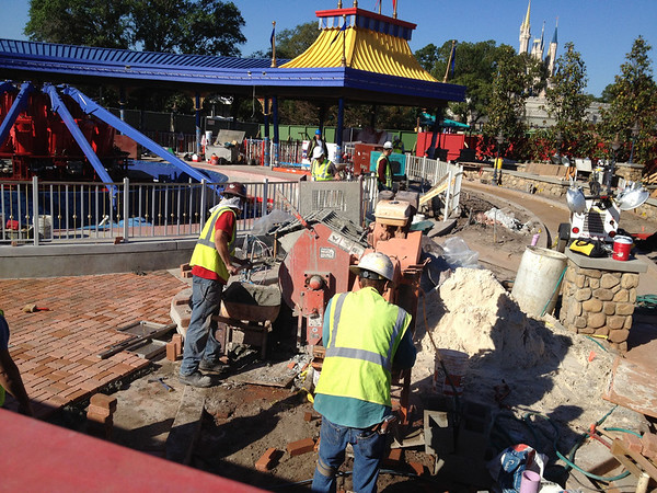 Dumbo Construction - Magic Kingdom