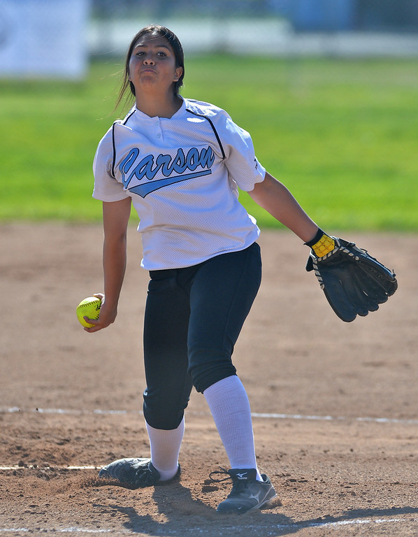 . 0314_SPT_TDB_L_CAR-NORTH--- Torrance, CALIFORNIA--3/13/13--- Staff Photo: Robert Casillas / LANG--- Carson at North Torrance softball. Carson pitcher Starla Hernandez had a rough outing in 7-0 loss to North.