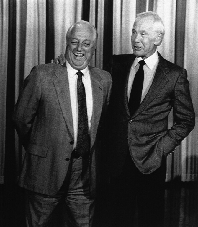. Los Angeles Dodgers� manager Tommy Lasorda was a surprise guest, Thursday, Oct. 13, 1988 in Burbank, California on �The Tonight Show starring Johnny Carson,� Carson�s sidekick. Ed McMahon surprised the studio audience by announcing �Heeeerrrree�s Tommy instead of Heeeerrrree�s Johnny,� to open the show. Carson congratulated Lasorda and the L.A. Dodgers, who face the Oakland A�s in game one of the World Series on Saturday at L.A.�s Dodger Stadium. (AP Photo)