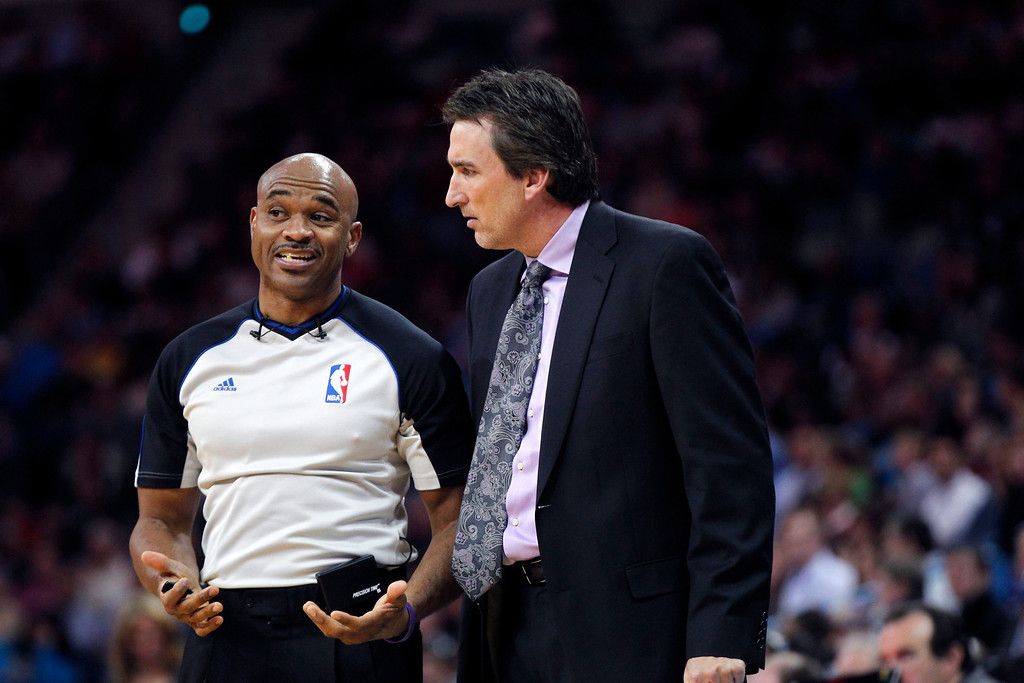 . Los Angeles Clippers head coach Vinny Del Negro talks to a referee in the second half of an NBA basketball game against the New Orleans Hornets in New Orleans, Wednesday, March 27, 2013. The Clippers won 105-91. (AP Photo/Gerald Herbert)