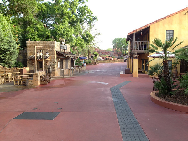 Magic Kingdom - Deserted Walkway