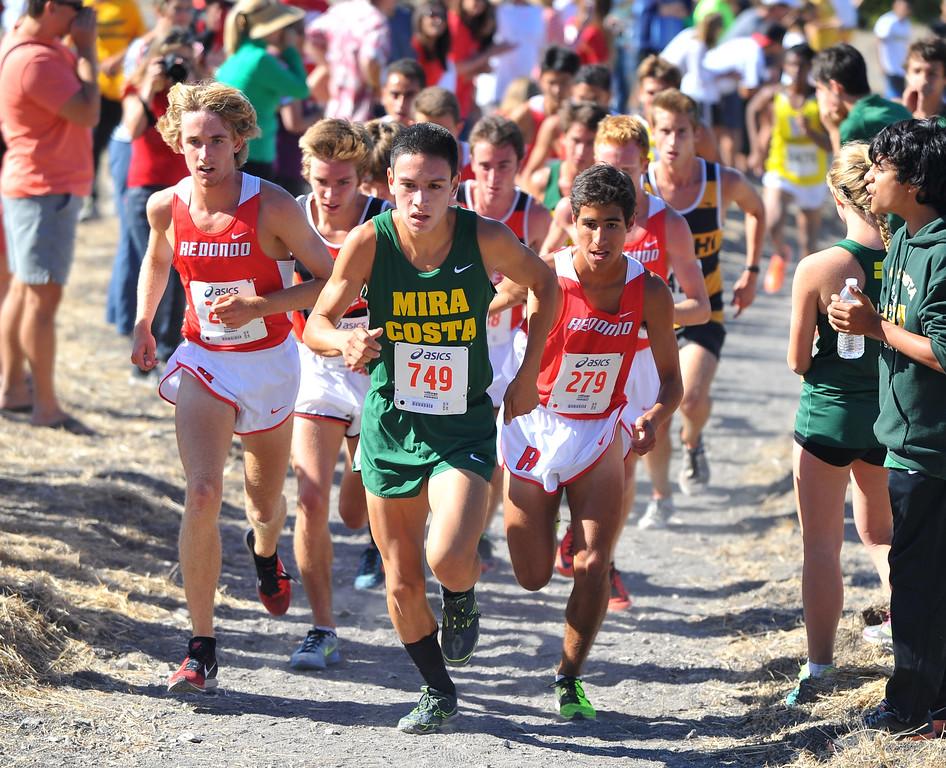 . Peninsula High hosted a Bay League cross country meet in Palos Verdes Estates, CA on Thursday, September 26, 2013.  Boys varsity race. (Photo by Scott Varley, Daily Breeze)