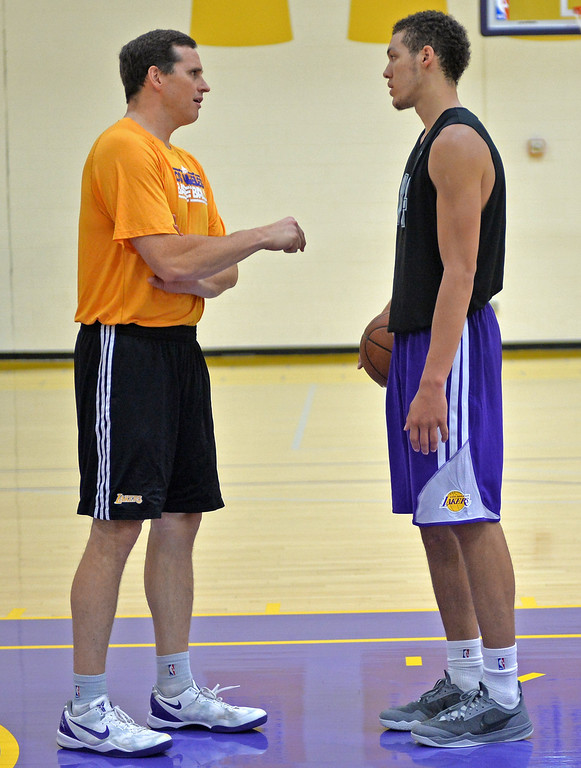 . Lakers host potential draft picks for workouts at Toyota Sports Center in El Segundo Friday June 20, 2014. Mark Madsen talks with Aaron Gordon after workout.     Photo By  Robert Casillas / Daily Breeze