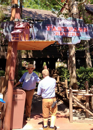 Splash Mountain FastPass Entrance - Magic Kingdom