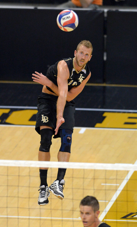 . Dalton Ammerman serves for LBSU in Long Beach, CA on Friday, March 7, 2014 #2 BYU vs #3 Long Beach State men\'s volleyball at Walter Pyramid. (Photo by Scott Varley, Daily Breeze)
