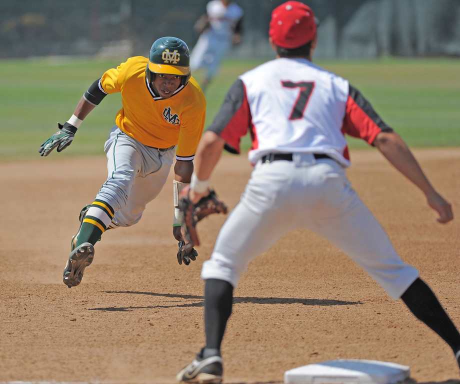 . 05-28-2013-( Sean Hiller/LANG) Mira Costa beat Elsinore 5-3 in Tuesday\'s CIF Southern Section Division III semifinal at Elsinore High School.