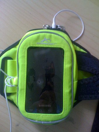 Armpocket 20 with Samsung Fascinate