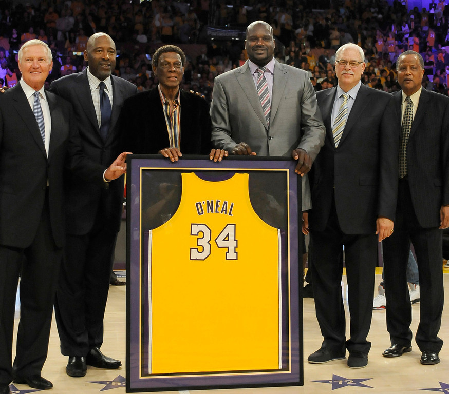 . Jerry West, James Worth, Eljin Baylor, Shaquille O\'Neal, Phil Jackson and Jamaal Wilkes. On a night when the Lakers played the Dallas Mavericks, Shaquille O\'Neal had his jersey retired. Los Angeles, CA 4/2/2013(John McCoy/Staff Photographer