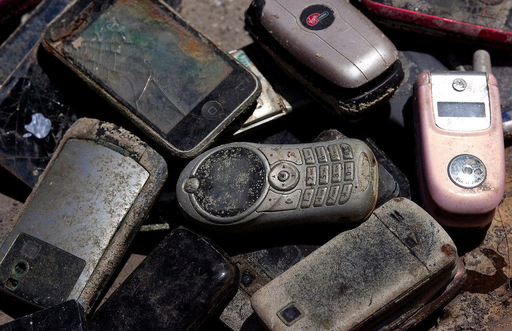 . Cellphones found in the lake at Red Hill Park in Rancho Cucamonga, CA, Thursday, June 5, 2014. (Photo by Jennifer Cappuccio Maher/Inland Valley Daily Bulletin)