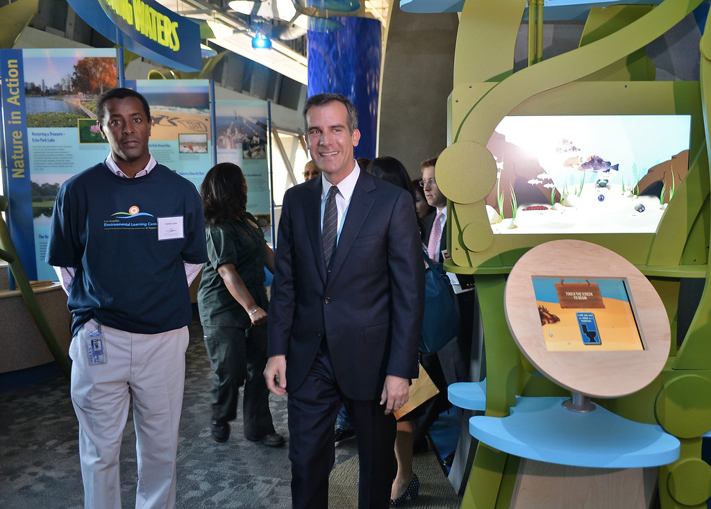 . 0917_NWS_TDB-L-HYPERION-- Los Angeles Mayor Eric Garcetti was on hand to open new Environmental Learning Center at Hyperion treatment plant in Playa Del Rey. Mayor Garcetti walks thru ELC exhibits.   20130916 - Playa Del Rey, CA --  Photo by : Robert Casillas / DAILY BREEZE