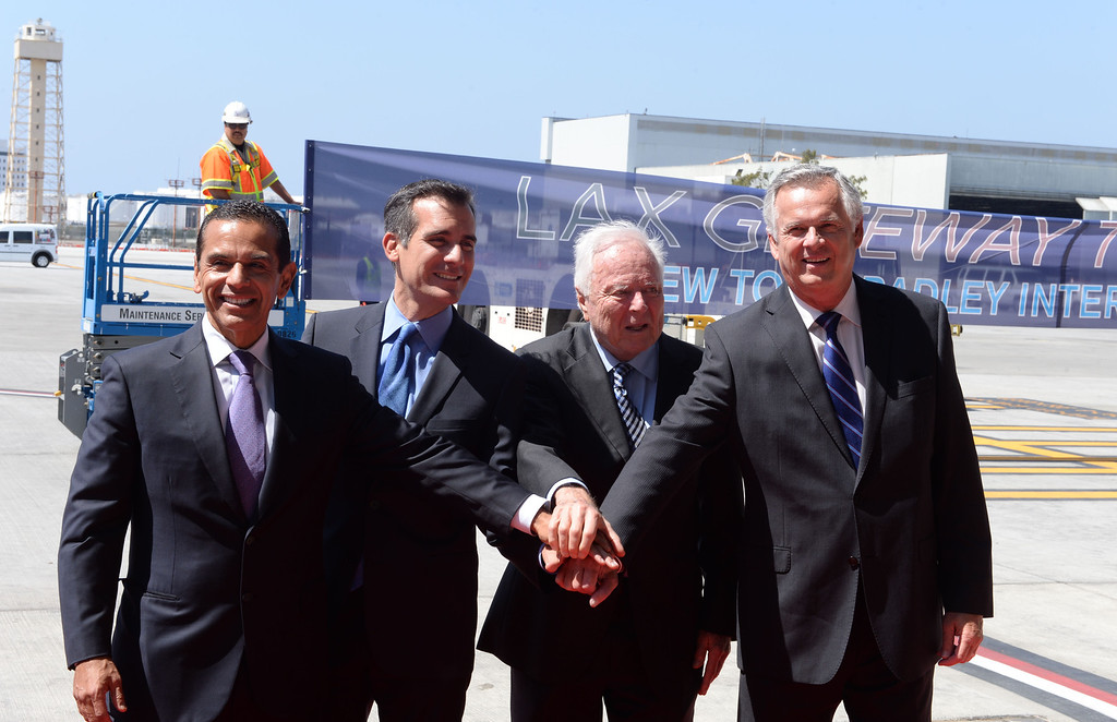 . At LAX, dignitaries gathered to open the new Tom Bradley International Terminal. L to R: Former Mayor Antonio Villaraigosa, Mayor Eric Garcetti, former Mayors Dick Riordan and James Hahn. , (Wed. Sept 18, 2013 Photo by Brad Graverson/The Daily Breeze