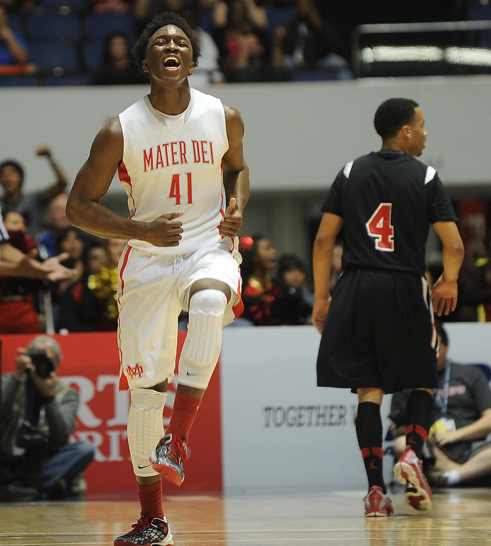 Description of . Etiwanda High School beat Mater Dei High School Saturday night March 2, 2013 during the CIF Ford Southern Section Boy's Division 1AA Final Championship at the Anaheim Convention Center in Anaheim.LaFonzo Carter/ Staff Photographer