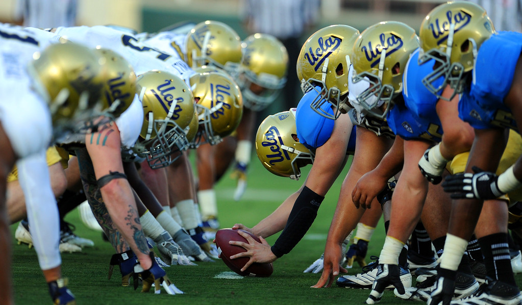 Description of . UCLA vs. UCLA during the football spring showcase college football game in the Rose Bowl on Saturday, April 27, 2013 in Pasadena, Calif.    (Keith Birmingham Pasadena Star-News)