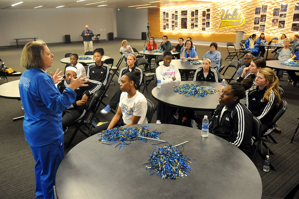 . UCLA Women\'s basketball head coach Cori Close talks to her team after UCLA received the 3rd seed in the NCAA tournament during the NCAA Women\'s Basketball Selection Show Monday March 18, 2013 in Westwood, CA.(Andy Holzman/Los Angeles Daily News)