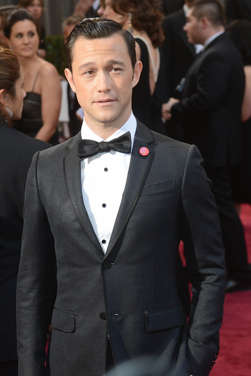 . Joseph Gordon-Levitt arrives at the 85th Academy Awards at the Dolby Theatre in Los Angeles, California on Sunday Feb. 24, 2013 ( Hans Gutknecht, staff photographer)