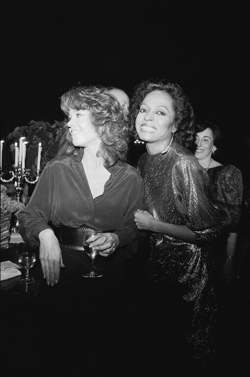 ". Actress Jane Fonda, left, and Diana Ross carry on animated conversation during a pre-screening party shortly before the premiere of the film ""On Golden Pond,\"" in New York City, Wednesday, Dec. 2, 1981. Miss Fonda is among the stars in the film, as is her father, Henry. Premiere is a benefit for Mount Sinai Medical Center in New York City. (AP Photo/Kaye)"