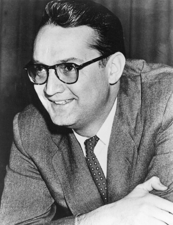 ". Comedian Steve Allen, emcee of NBC-TV\'s ""Tonight Show,\"" is shown in June 1956.  (AP Photo)"
