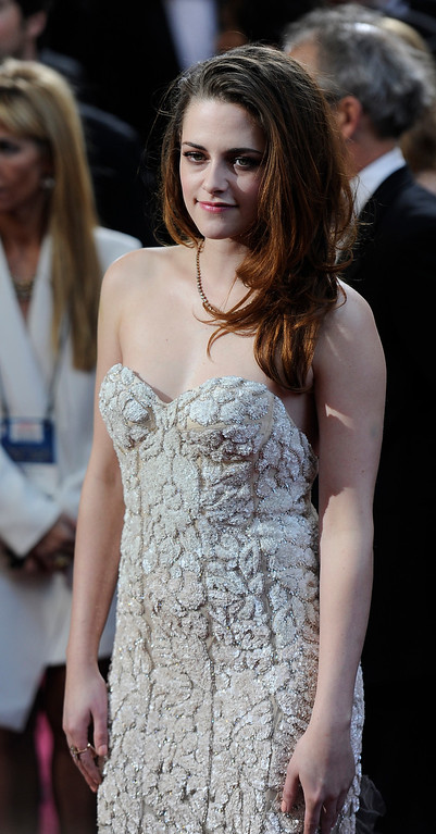 . Kristen Stewart arrives at the 85th Academy Awards at the Dolby Theatre in Los Angeles, California on Sunday Feb. 24, 2013 ( Hans Gutknecht, staff photographer)