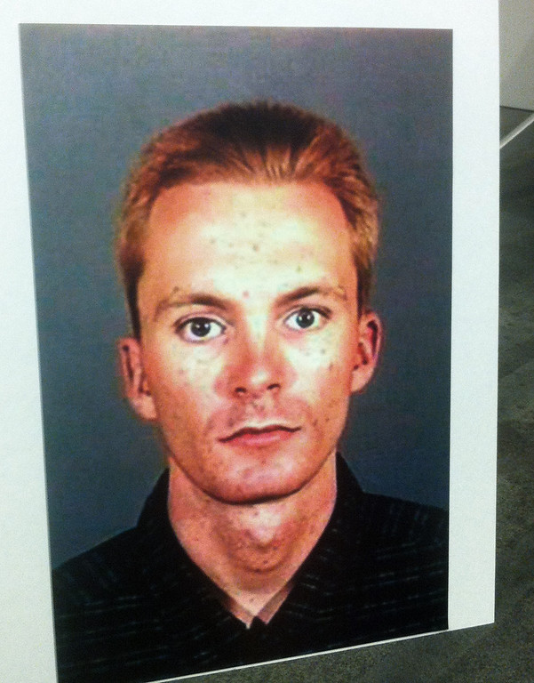 """. This undated photo provided by the Los Angeles Police Department on Saturday March 30, 2013 shows Tobias Dustin Summers who was identified as a \""""child-kidnapping suspect,\"""" Los Angeles police said. Summers is a suspect in connection with the abduction of a 10-year-old girl who vanished from her San Fernando Valley home last week and was abandoned hours later in front of a hospital. (AP Photo/Los Angeles Police Department)"""