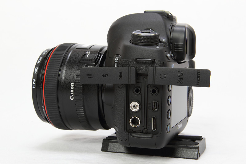 Canon EOS 5D Mark III clean HDMI output signal