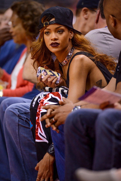 . Recoding artist Rihanna enjoys theLakers-Clippers game Sunday at Staples Center.  Clippers defeated the Lakers 109-95 to clinch the Pacific Division.  (4/7/13) Photo by David Crane/Staff Photographer