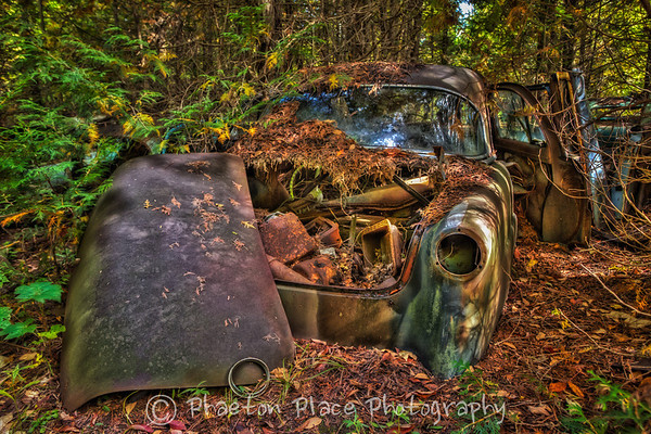 Abandoned Car in HDR