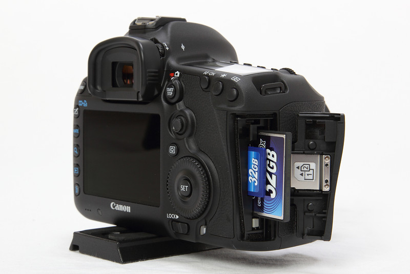 Canon 5d mark ii card slots the myth of poker talent review