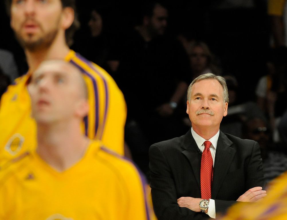 . Lakers Coach Mike D\'Antoni watches his team in warmups before the game. The Lakers faced the Houston Rockets in the final home game of the year at Staples Center in Los Angeles, CA 4/17/2013(John McCoy/Staff Photographer