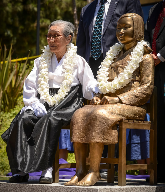 ". Bok-Dong Kim, a former sex slave during WWII at the unveiling of a statue honoring the ""comfort women\"" of WWII in Glendale Tuesday.  Photo by David Crane/Staff Photographer"