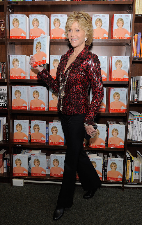 """. NEW YORK, NY - AUGUST 10:  Actress/author Jane Fonda poses for a photo as she promotes\""""Prime Time: Making The Most Of All Of Your Life\"""" at Barnes & Noble Union Square on August 10, 2011 in New York City.  (Photo by Jemal Countess/Getty Images)"""