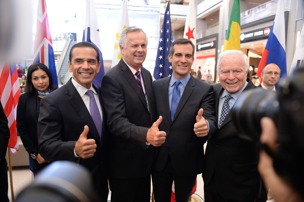 . At LAX, dignitaries gathered to open the new Tom Bradley International Terminal. L to R: Former Mayors Antonio Villaraigosa and James Hahn with current Mayor Eric Garcetti and former Mayor Dick Riordan. (Wed. Sept 18, 2013 Photo by Brad Graverson/The Daily Breeze