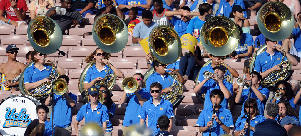 Description of . UCLA band during the football spring showcase college football game in the Rose Bowl on Saturday, April 27, 2013 in Pasadena, Calif.    (Keith Birmingham Pasadena Star-News)