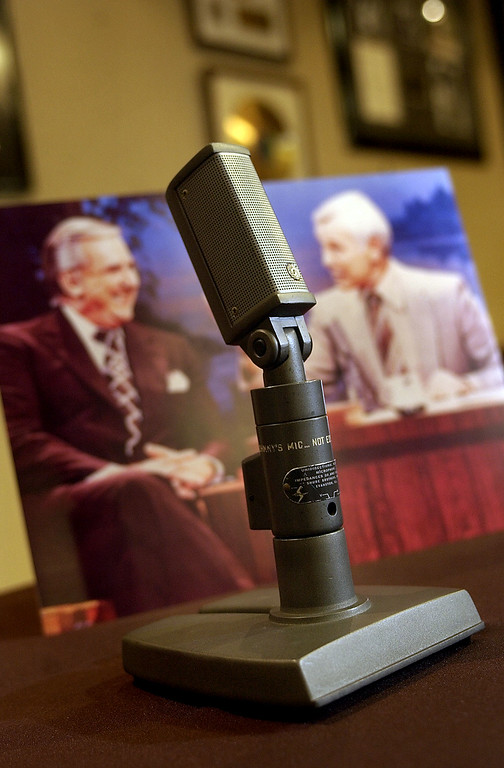 """. \""""Johnny\'s Mic\"""", the Shure microphone that sat on the desk of Johnny Carson during \""""The Tonight Show\"""" from 1962 to the early 1980\'s, sits in the auction room at Heritage Galleries & Auctioneers, Friday, April 22, 2005,  in Dallas. The item that is inscribed with \""""Johnny\'s Mic\"""" on the side will be sold Friday in a public auction. (AP Photo/Tony Gutierrez)"""