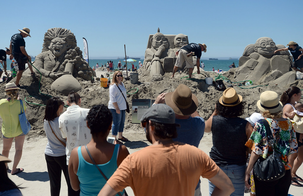 . Artists took to the beach at Belmont Shore for the 82nd Annual Sand Sculpture Contest Saturday, August 16, 2014, Long Beach, CA.   Photo by Steve McCrank/Daily Breeze