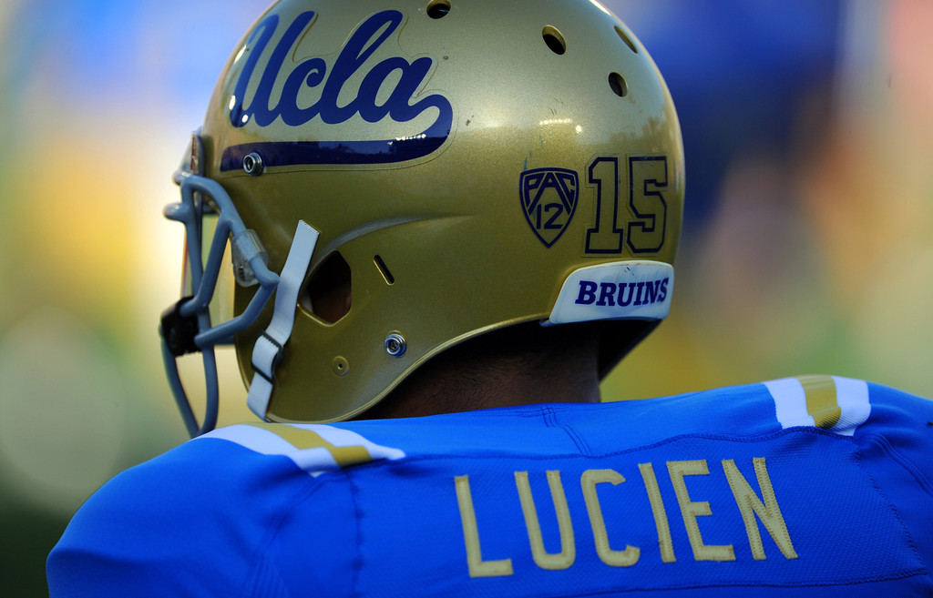 Description of . UCLA wide receiver Devin Lucien (15) during the football spring showcase college football game in the Rose Bowl on Saturday, April 27, 2013 in Pasadena, Calif.    (Keith Birmingham Pasadena Star-News)