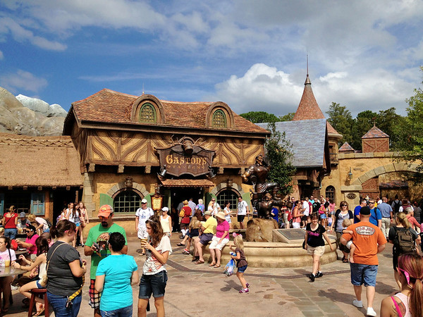 Gaston's Tavern