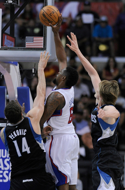 . Clippers#6 DeAndre Jordan drives to the hoop. The Clippers defeated the Minnesota Timberwolves 111-95 in a game played at Staples Center in Los Angeles, CA 4/10/2013(John McCoy/Staff Photographer