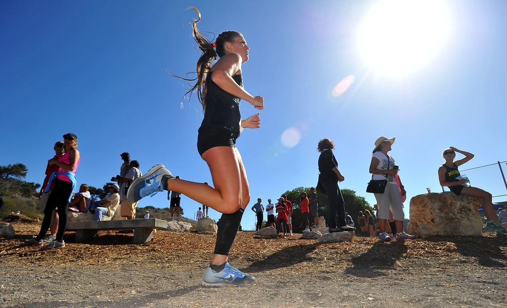 . Peninsula High hosted a Bay League cross country meet in Palos Verdes Estates, CA on Thursday, September 26, 2013.  Girls varsity race. (Photo by Scott Varley, Daily Breeze)