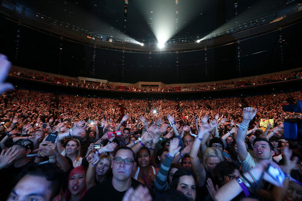 . UNIVERSAL CITY, CA - NOVEMBER 30:  General view of the No Doubt concert at Gibson Amphitheatre on November 30, 2012 in Universal City, California.  (Photo by Christopher Polk/Getty Images)