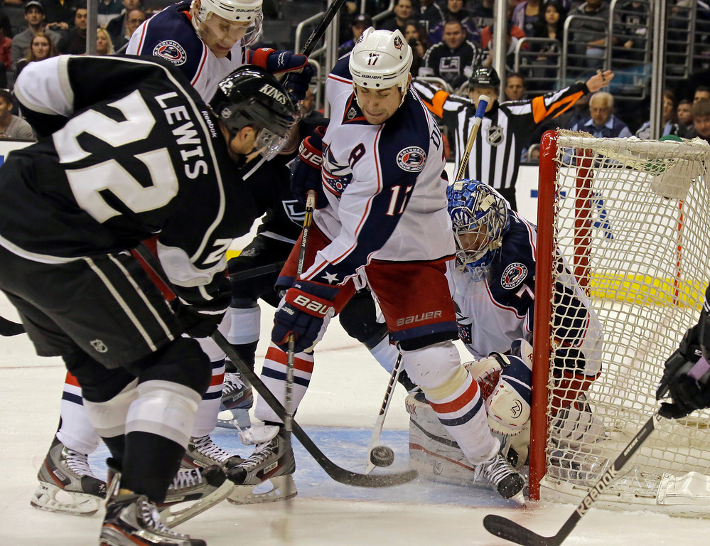 . in the second period of an NHL hockey game in Los Angeles Thursday, April 18, 2013. (AP Photo/Reed Saxon)