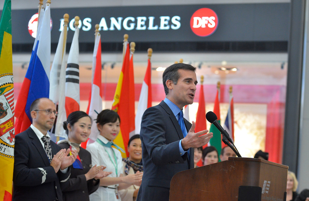. Los Angeles Mayor Eric Garcetti presided over opening ceremonies. At LAX, dignitaries gathered to open the new Tom Bradley International Terminal. (Wed. Sept 18, 2013 Photo by Brad Graverson/The Daily Breeze