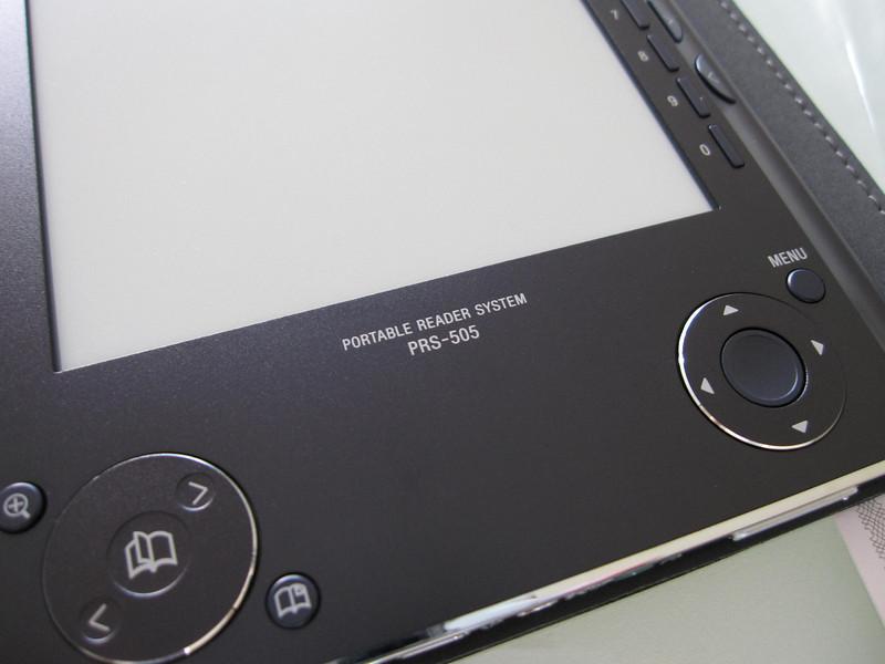 Sony PRS505 Ebook Reader Close Up 1