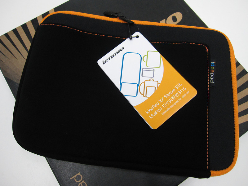 Lenovo S10-2 with free netbook bag