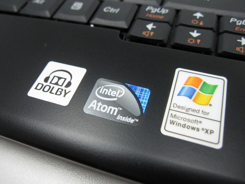 Lenovo S10-2 runs Windows XP Service Pack 3